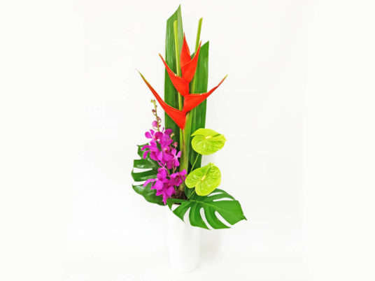 Modern Ceramic Flower Arrangement