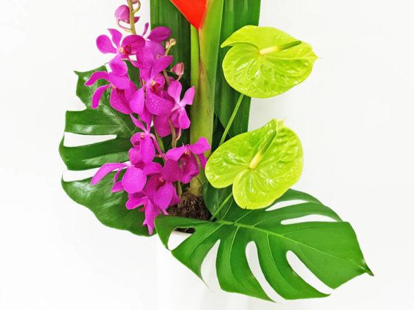 Modern Ceramic Flower Arrangement