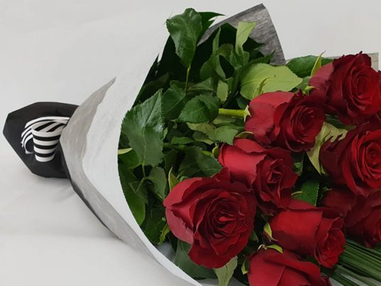 Truly Madly Deeply Valentines Day Roses