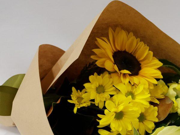 Bright Seasonal Flower Wrap